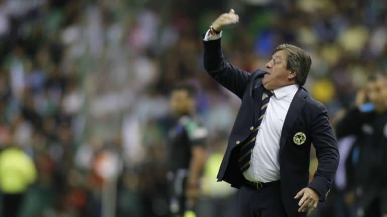 Miguel Herrera habló de la salida de Marchesín y Uribe al Porto
