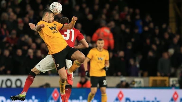 Vídeo |Wolverhampton elimina al Manchester United de la FA Cup con golazo de Raúl Jiménez