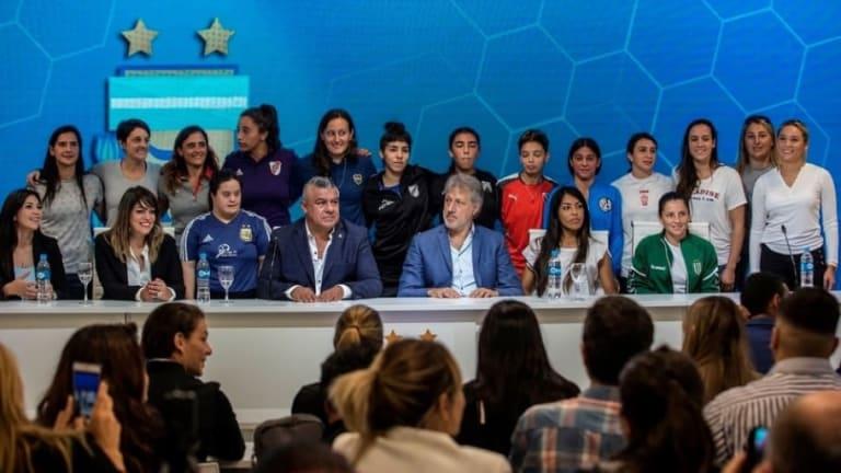 HISTÓRICO | A partir de ahora el fútbol femenino es profesional