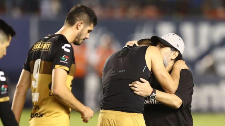 BOMBA   Diego Maradona dejó de ser el entrenador del Dorados de México por temas de salud