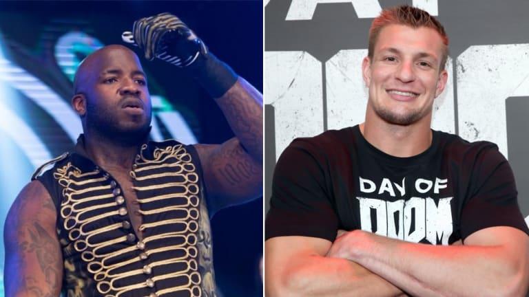 NFL Player-Turned-Wrestler Explains Why Full-Time WWE Move Doesn't Make Sense for Gronk