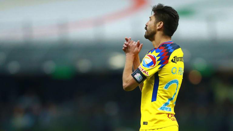 CEPILLADO   Aficionado pide que Pizarro vaya al Mundial en lugar de Oribe