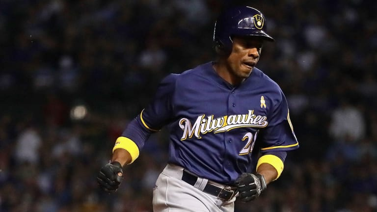 Brewers Beat First-Place Cubs to Move Within One Game of NL Central Lead