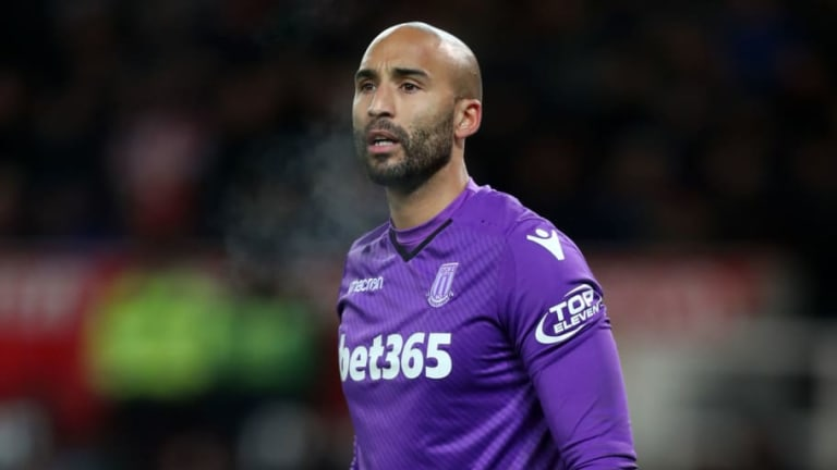 Man Utd Complete Signing of Veteran Stoke Goalkeeper Lee Grant for Undisclosed Fee