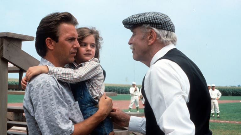 Don't Kid Yourself, 'Field of Dreams' is a Bad Movie