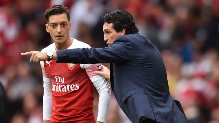 Unai Emery Receives Full Backing From Arsenal Board Following Mesut Ozil's Absence From Match Squad