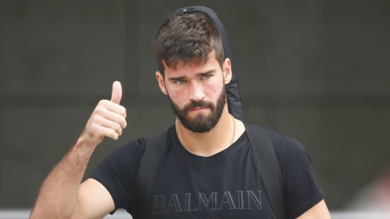 Alisson Thanks Roma Fans as He Flies to England for Liverpool Medical Ahead of Record Move