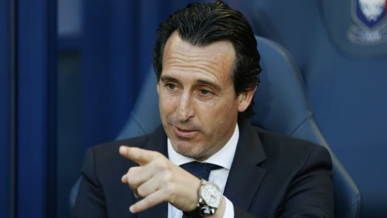 Arsenal Legend States That Unai Emery Must Make Six Signings This Summer