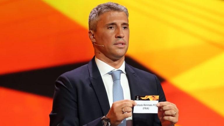 Hernán Crespo podría tener su primera experiencia como entrenador en el fútbol argentino