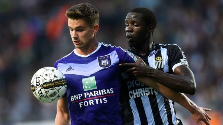 West Ham & Crystal Palace Handed Transfer Boost in Pursuit of Anderlecht Star Leander Dendoncker