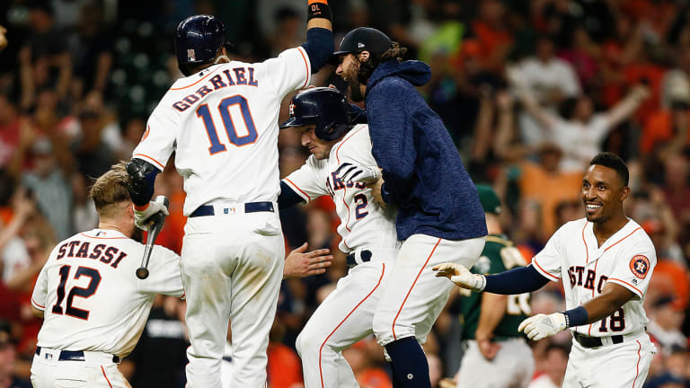 Watch: Astros Win on One of the Weirdest Walk-Offs in Baseball History