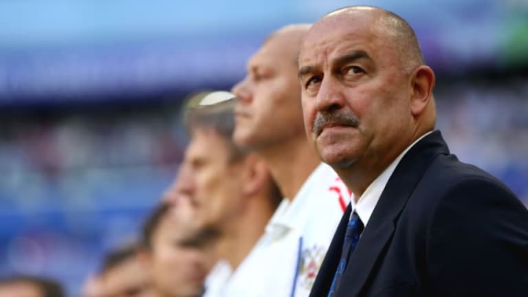 'They Are on Another Level': Russia Manager Lauds Uruguay & Hails World Cup Defeat as 'Useful Slap'