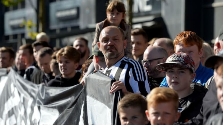 """Come Back Stronger"": Newcastle Fans Shower Injured Player With Support Following Man Utd Loss"