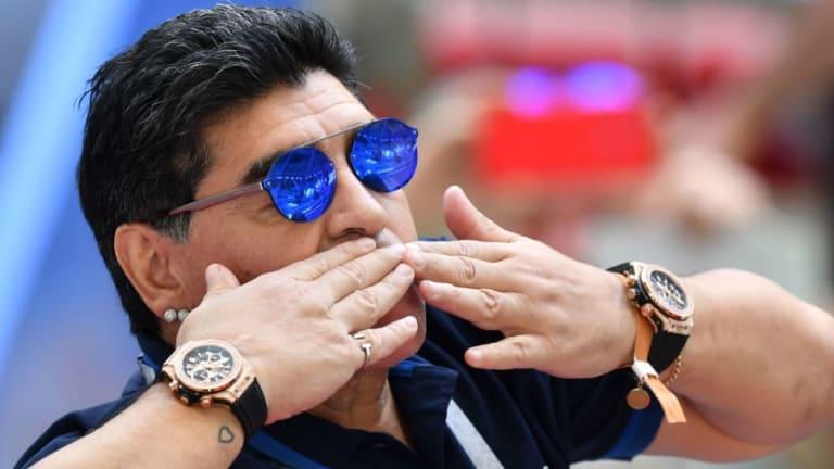 NO SE SALVÓ NADIE | Las críticas de Maradona por la poca compañía para Messi en el Mundial