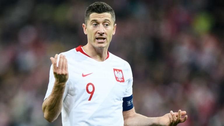 Robert Lewandowski Returns From Poland Duty Injured But Kingsley Coman Rejoins Bayern Training