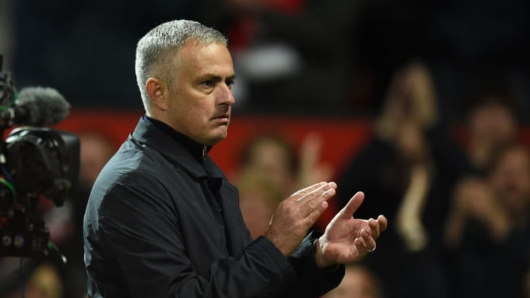 Report Claims Zidane is 'On Standby' to Take Man Utd Job While Mourinho Reveals Text From Board