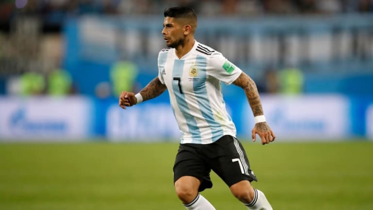 'I Can See Why Emery Wants Him': Arsenal Fans React on Twitter to Links With Argentina Midfielder