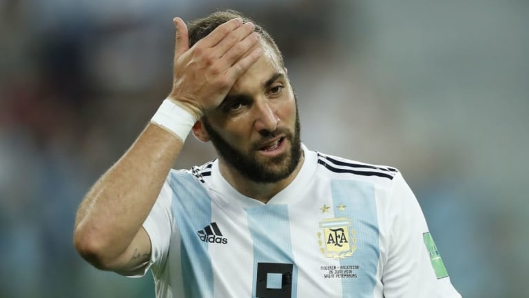 Milan Set to Rival Chelsea in Pursuit of €60m-Rated Juventus Striker Gonzalo Higuain