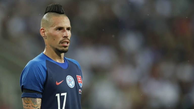 Napoli President Issues Ultimatum on Marek Hamsik Transfer Fee With Asian Clubs Interested