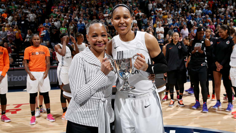 Maya Moore Leads Team Parker Over Team Delle Donne in WNBA All-Star Game