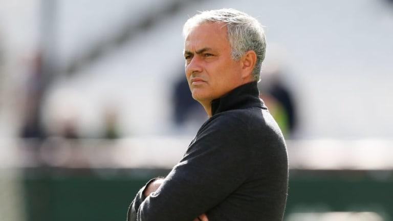 Jose Mourinho 'Receives Phone Call From Zinedine Zidane' Amid Man Utd Job Rumours