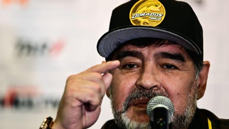 ¿ESTÁS DE ACUERDO?   Maradona recomienda a dos entrenadores para dirigir al Tri