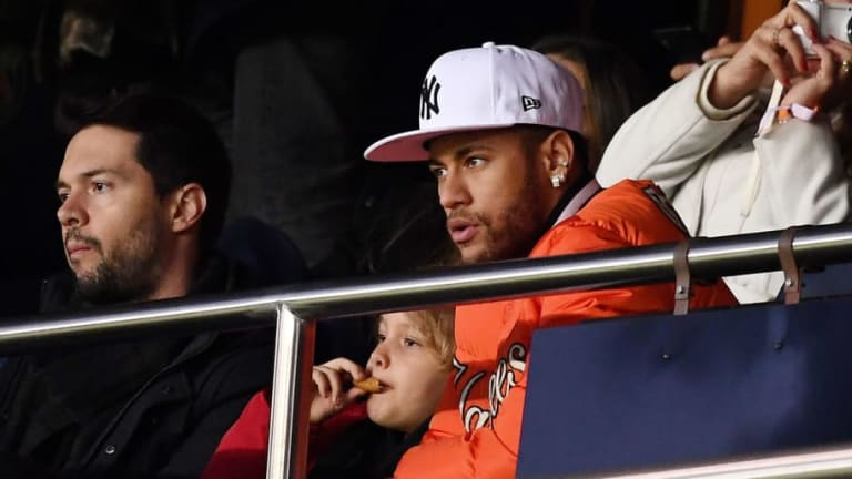 PSG 'Tentatively Agree' Details of Deal for Neymar to Leave for Barcelona or Real Madrid