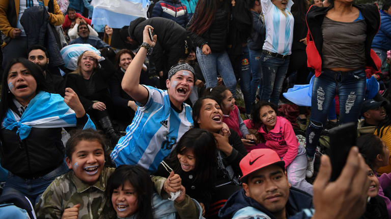 Watch: Argentina Fans in Buenos Aires Lose Their Minds After Marcos Rojo's Goal