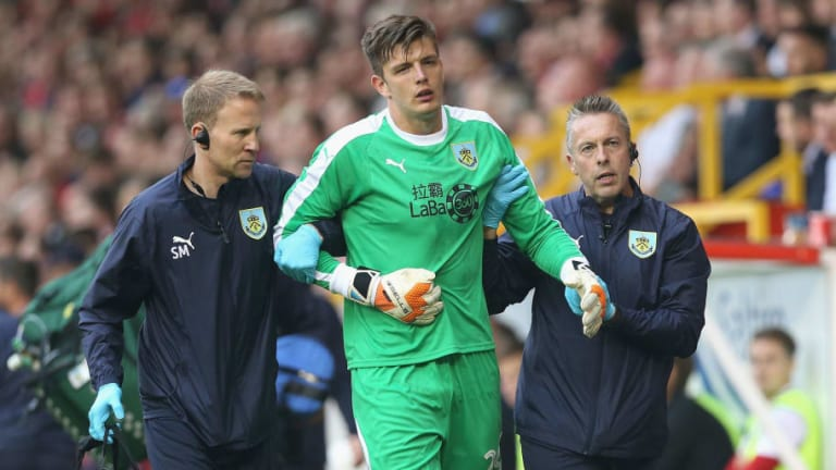 Sean Dyche Suggests Nick Pope's Shoulder Injury Could Be 'Serious' After Europa League Collision