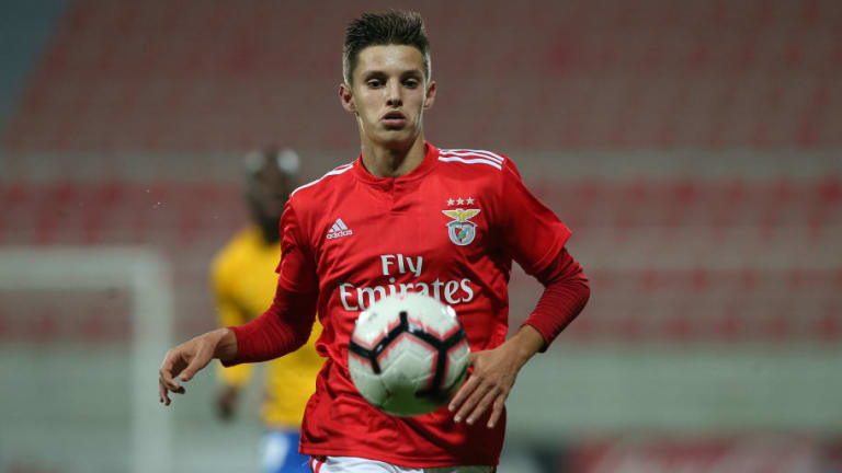 Benfica Starlet Tiago Dantas in Line for Potential January Switch to Manchester City