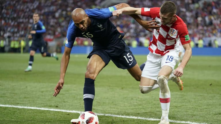 Sky Reporter Claims Barcelona Have Joined the Race for N'Zonzi as Arsenal Refuse to Pay Up
