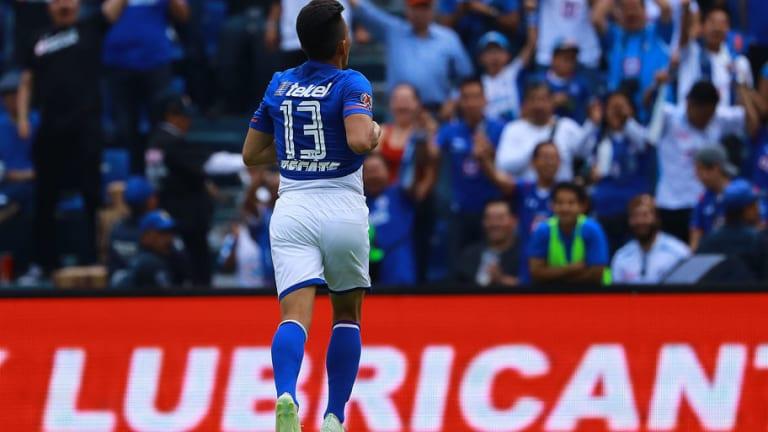 ÍDOLO | El logro de Ángel Mena que lo convierte en un histórico de Cruz Azul