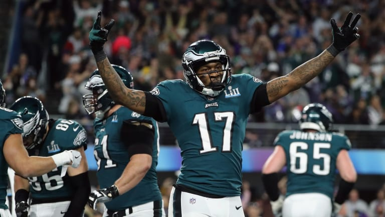 Report: Alshon Jeffery Had Surgery to Repair a Torn Rotator Cuff He Suffered in Training Camp