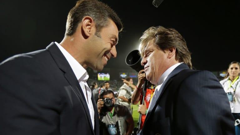 ¿LO LOGRARÁ? | El récord negativo que el 'Piojo' Herrera busca romper ante Pedro Caixinha
