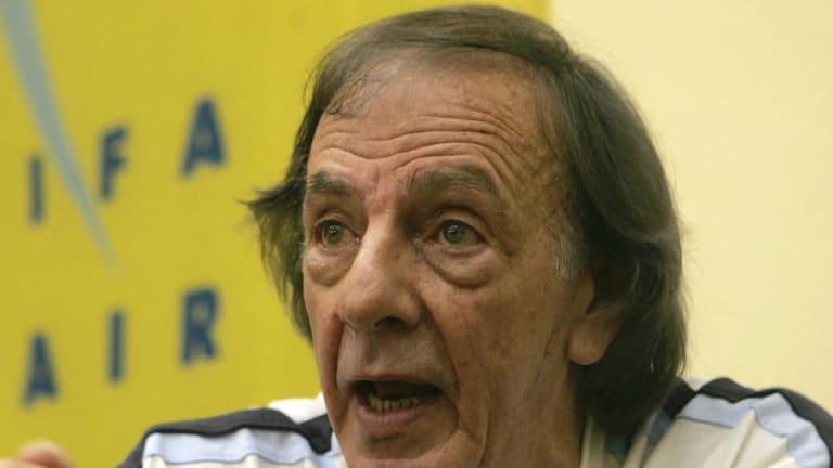 BOMBAZO    El nombre que tiró César Menotti para que sea DT de la Selección Argentina