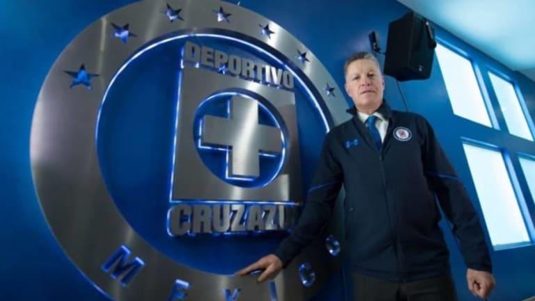 MERCADO | Cruz Azul está tras los pasos de estos 2 delanteros para el Apertura 2018