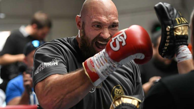 Tyson Fury Enlists Freddie Roach as Cut Man Ahead of Heavyweight Title Fight