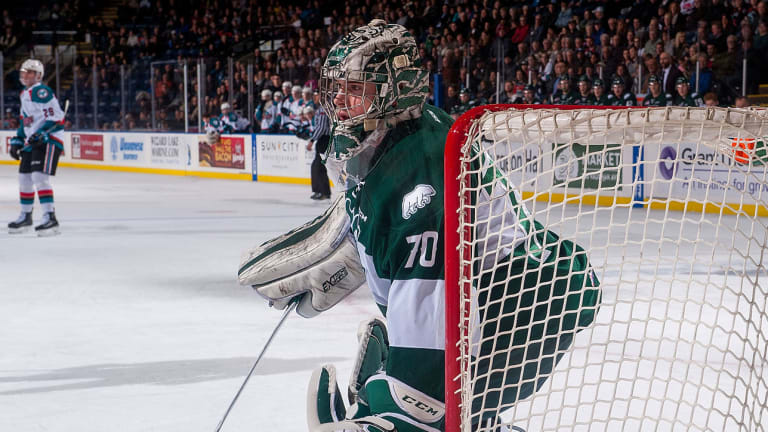 Silvertips' Carter Hart Becomes First Two-Time CHL Goalie of the Year Winner