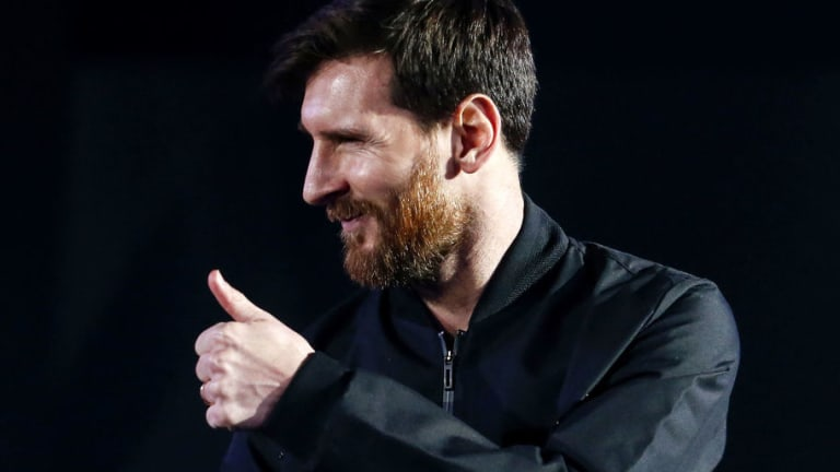 La increíble presentación de las nuevas botas de Messi