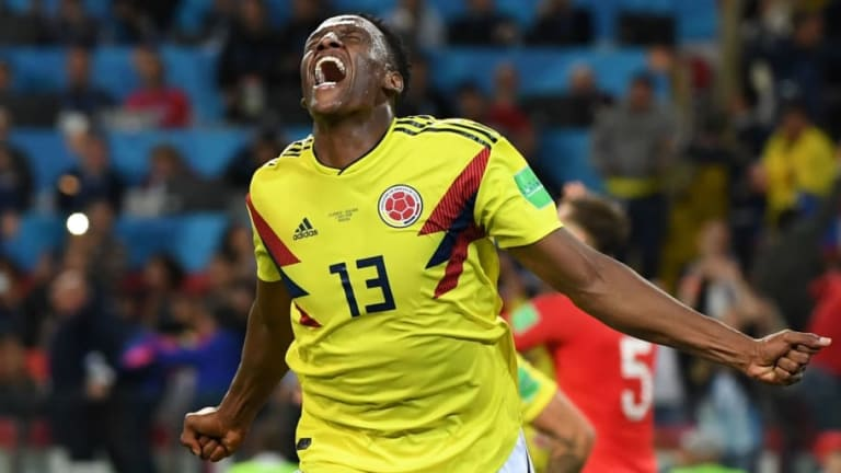 Report Claims Everton Make £27m Bid for Yerry Mina as Toffees Step Up Chase for Barcelona Defender