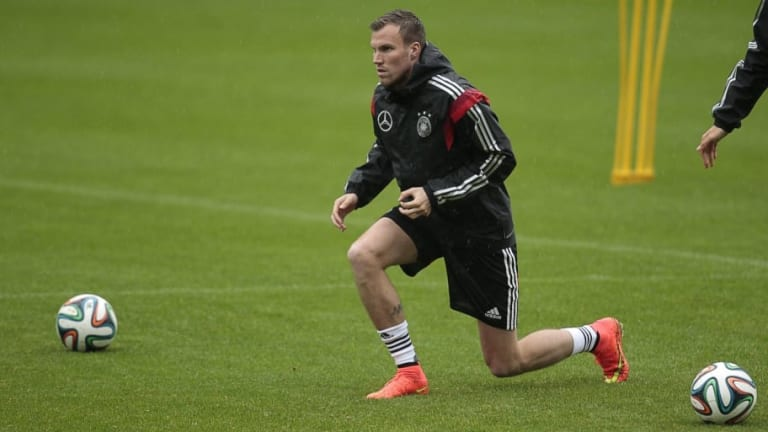 KFC Uerdingen Confirm the Arrival Of Former Borussia Dortmund Star Kevin Großkreutz