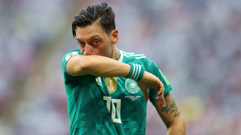 Mesut Ozil Involved in Verbal Dispute With Angry German Fans Following World Cup Exit