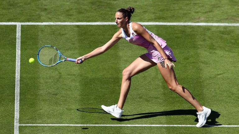 Karolina Pliskova, Caroline Wozniacki Through to Third Round at Eastbourne