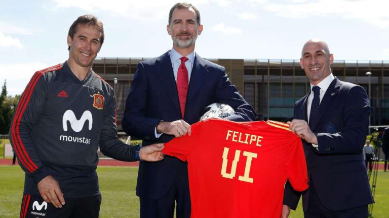 El gran detalle del Rey Felipe con Gerard Piqué en la despedida de la selección