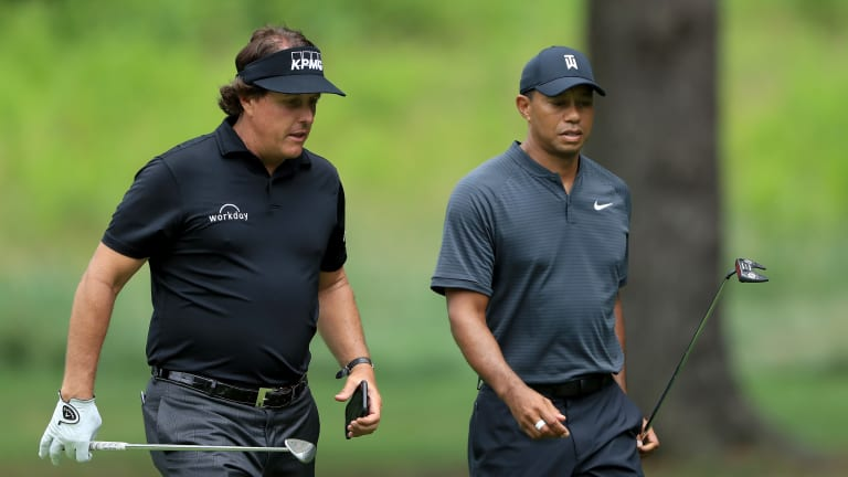 Watch: Phil, Tiger Make $200,000 Bet That Phil Will Birdie First Hole of 'The Match'