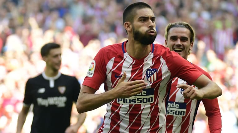 Juventus Enquire for the Availability of Yannick Carrasco as They Miss Out on Matteo Politano