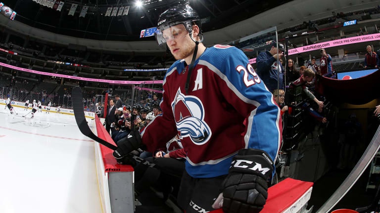Nathan MacKinnon Returns to Lineup as Avalanche Face Oilers