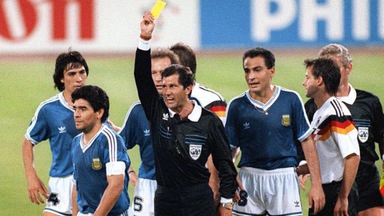GENIAL | La irónica respuesta de Maradona sobre el árbitro de la final del Mundial Italia '90