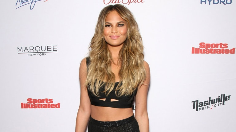 Traina Thoughts: Chrissy Teigen's Fake LeBron James Scoop Leads to Embarrassing Media Coverage