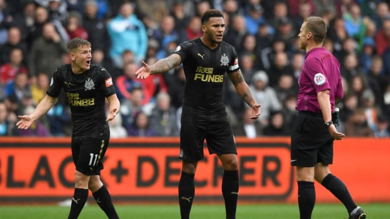 VIDEO: Newcastle Post Footage of Jamaal Lascelles & Matt Ritchie After Reports of Bust-Up
